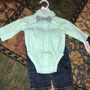Baby matching set.